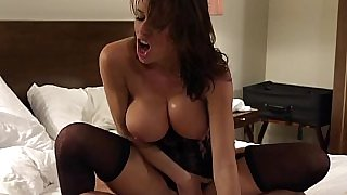 Veronica Avluv will do the job right