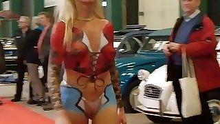 car show cameltoe 2