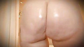 Thick White BBW PAWG Twerking Nude