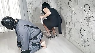 Strict Wife Mia slave mummyfication