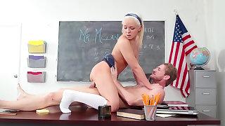 Schoolgirl gets hard fucked for better grades