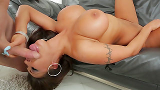 Impressive cock sucking experience for August Taylor