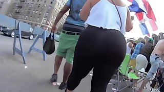 POV!Big Phat Booty Jiggling In Your Face!