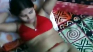 Desi Aunty Giving Hot Blowjob