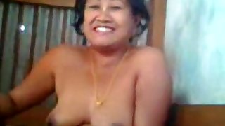 Nagaland Bhabhi Undressing And Lover Captures On Cam
